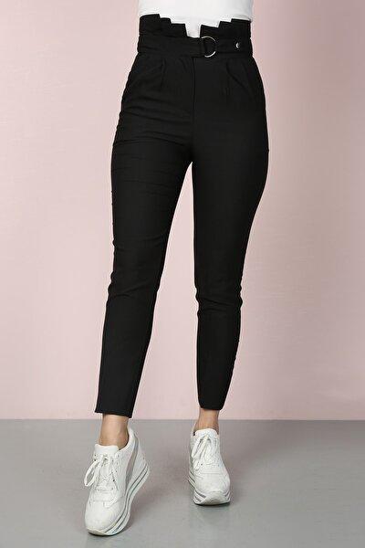Kadın Siyah Havuç Pileli Kendinden Kemerli Kumaş Pantolon