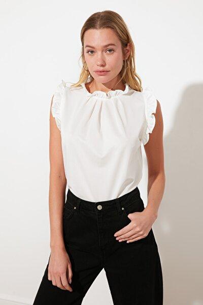 Beyaz Gipelli Bluz TWOSS21BZ1680
