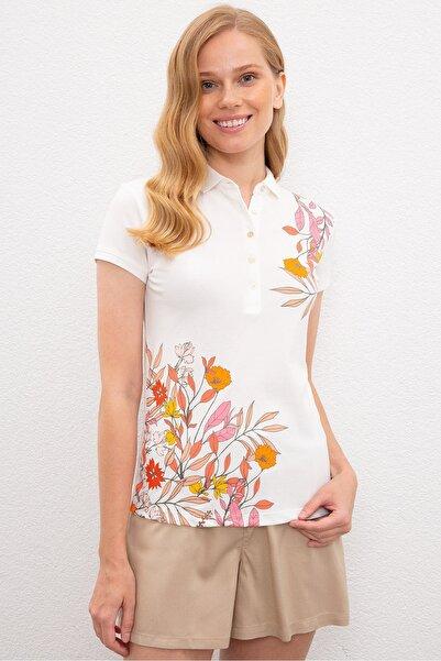 Beyaz Kadin T-Shirt