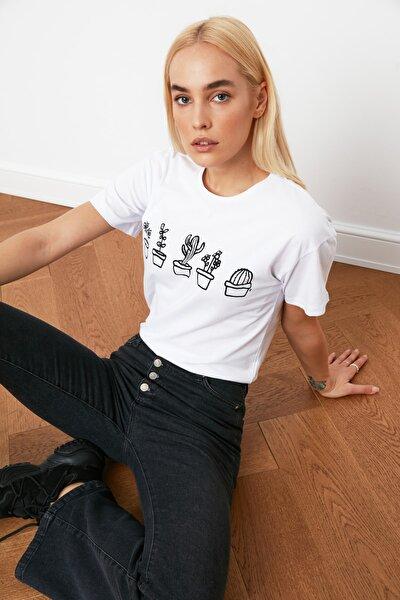 Beyaz Baskılı Basic Örme T-shirt TWOSS19TS0069