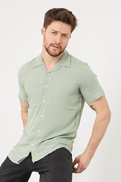 Erkek Slim Fit Keten Apaş Yaka Kısa Kollu Gömlek Yeşil