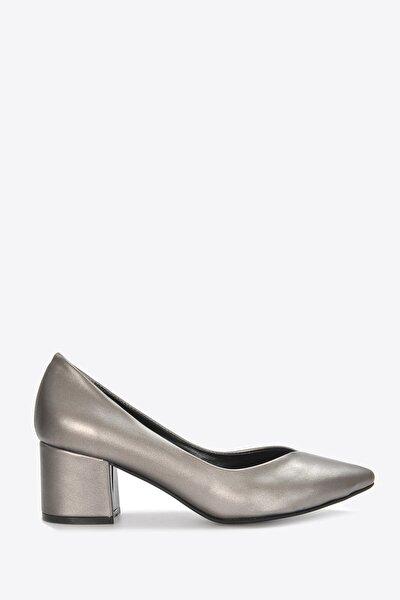 Kadın Platin Klasik Topuklu Ayakkabı