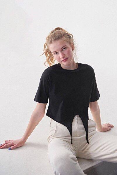 Kadın Siyah Önden Bağlamalı Basic T-Shirt P0664 - C13 Adx-0000019040