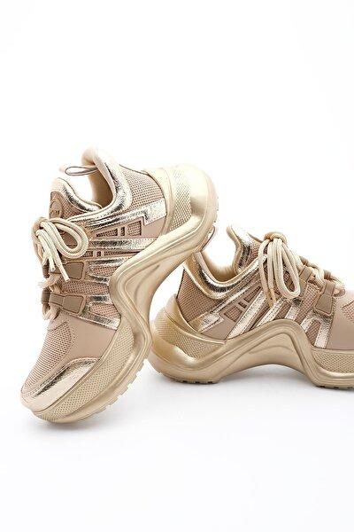 Kadın Sneaker Dolgu Topuk Spor Ayakkabı Pinezaltın