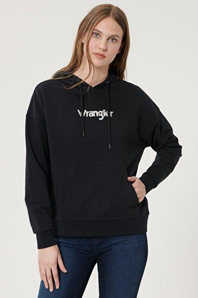 Kadın Siyah Regular Fit %100 Pamuk Kapüşonlu Logolu Sweatshirt