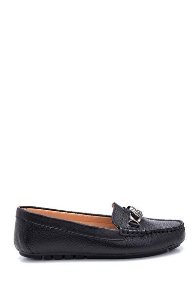 Kadın Deri Zincir Detaylı Loafer Ayakkabı