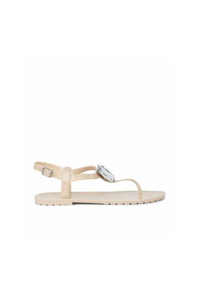 Taş Tokalı Sandalet