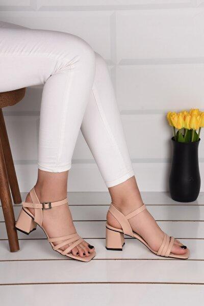 Kadın Krem Üç Bant Topuklu Sandalet Ba21016