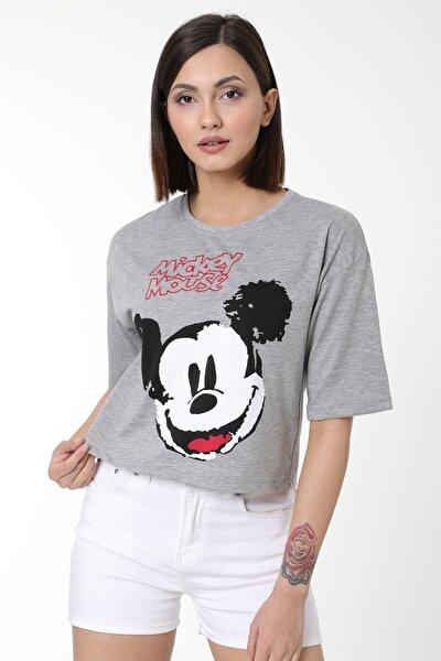 Kadın Gri Mickey Baskılı Pamuklu Basic Crop T-shirt