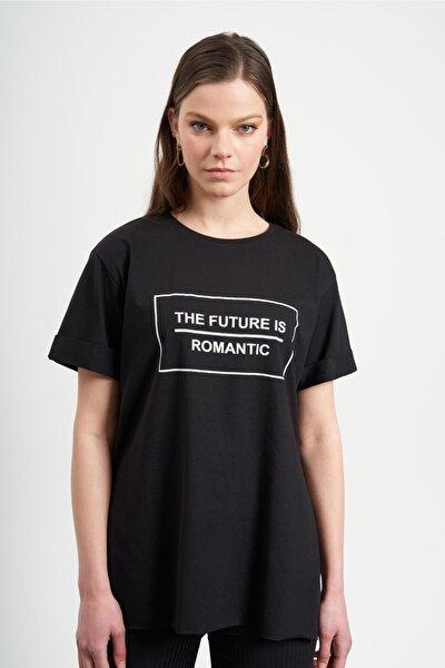Kadın Siyah The Future Yazılı  T-Shirt