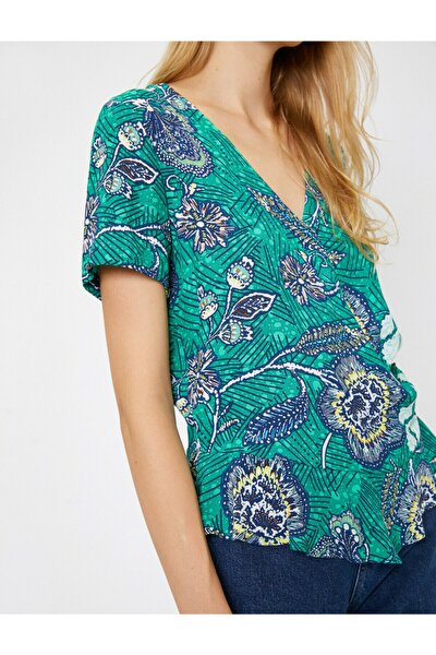 Kadın Yeşil  Renkli Çiçek Desenli V Yaka Bluz 9YAK62091UW