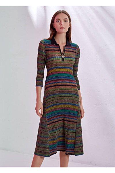 Kadın Çizgi Desenli Polo Yaka Triko Elbise