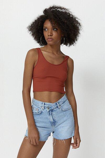 Kadın Kiremit Rengi Askılı Crop T-Shirt