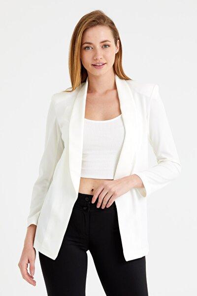 Kadın Beyaz Double Crepe Ofis Ceket