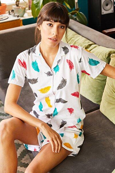 Kadın Ekru Tüy Şortlu Pijama Takımı PJM-00000017