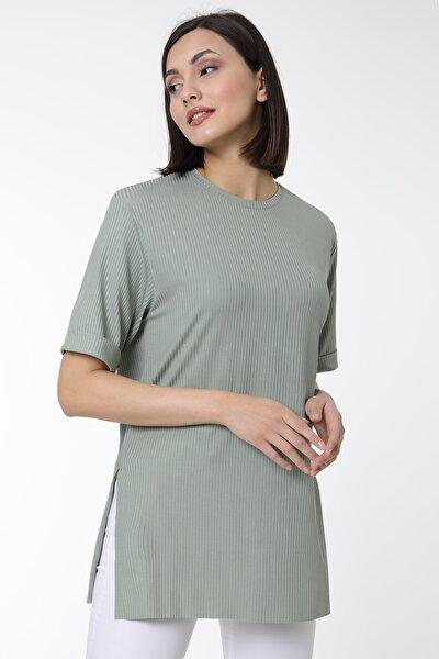 Kadın Çağla Kol Katlı Yan Yırtmaçlı Salaş Kaşkorse T-shirt