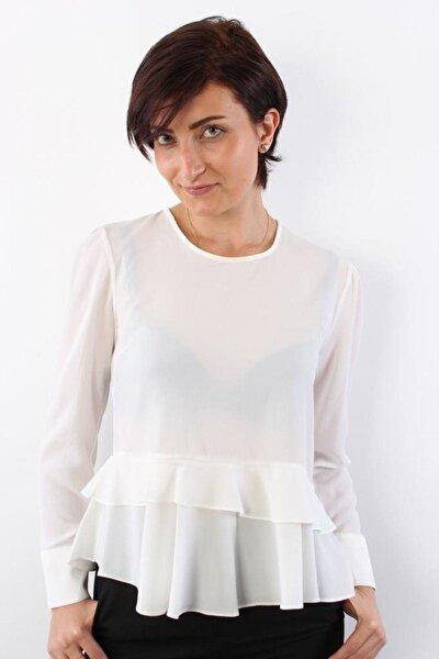 Kadın Beyaz Fır Fır Detaylı Bluz