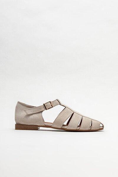 Kadın Bej Deri Düz Ayakkabı