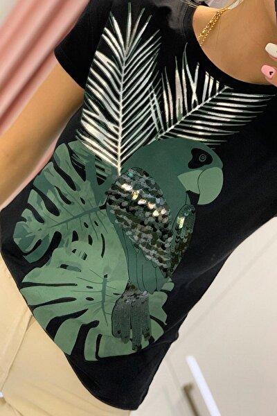 Kadın Siyah Papağan Figürlü Pul Işlemeli Pamuk Tişört