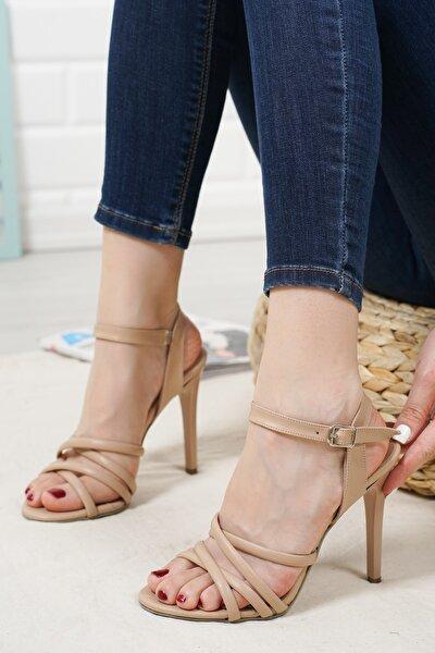 Nude Renk Topuklu Ayakkabı