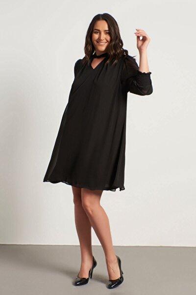 Yaka Detaylı Gipeli Şifon Elbise
