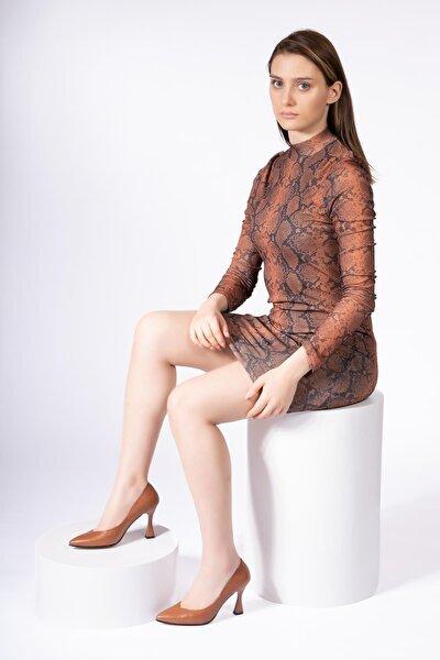 Hakiki Deri Kadın Stiletto Sivri Burun Şampanya Topuklu Ayakkabı