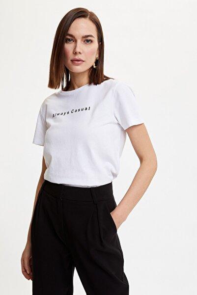 Kadın Beyaz Yazı Baskılı Kısa Kollu T-Shirt N1550AZ.20SP.WT34