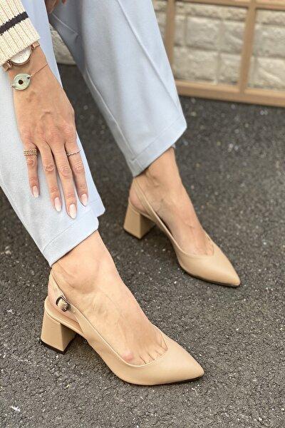 Kadın Bej Sivri Burun Arkası Açık Topuklu Ayakkabı