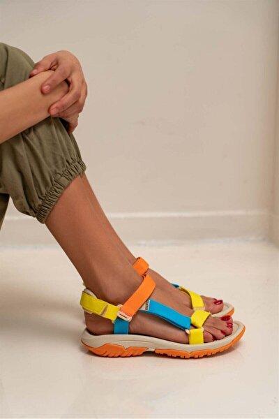 Kadın Sarı Turuncu Mavi Cırtlı Düz Taban Sandalet