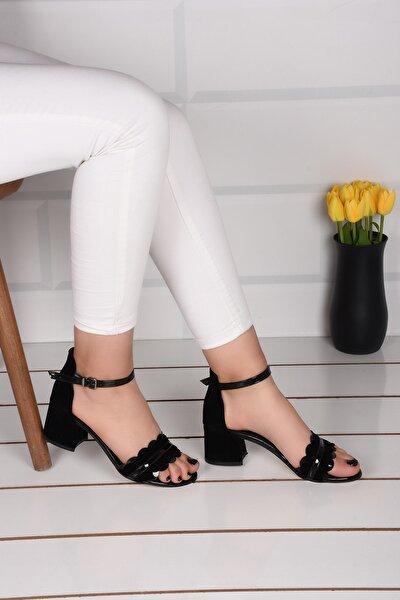Kadın Siyah Süet Çiçekli 5 Cm Topuklu Sandalet