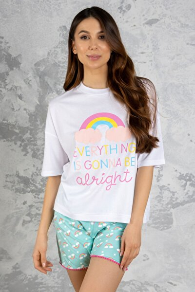 Kadın Beyaz Gökkuşağı Desenli Kadın Şortlu Pijama Takımı