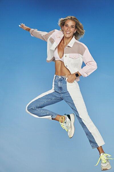 Beyaz Mavi Renk Bloklu Yüksek Bel Straight Jeans TWOSS21JE0534