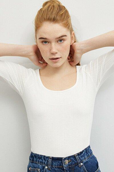 Kadın Ekru T-Shirt 0YAK13592YK