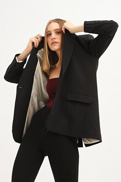 Kadın Siyah Tek Düğmeli Blazer Ceket