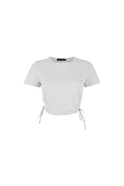 Kadın Bej Yanları Büzgülü Dekolteli Tişört