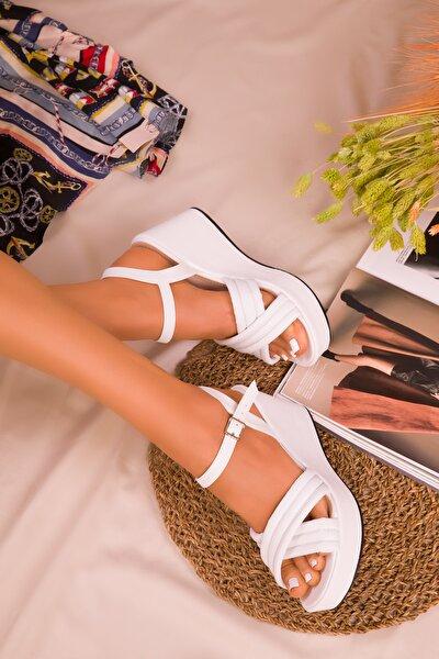 Beyaz Kadın Dolgu Topuklu Ayakkabı 16276
