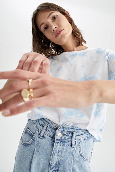 Kadın Mavi Batik Baskılı Kısa Kollu Boxy Tişört