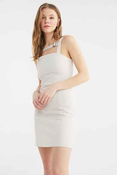 Taş Yaka Detaylı Elbise TWOSS21EL3825
