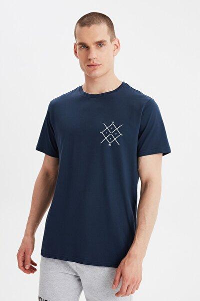 Lacivert Erkek Regular Fit Bisiklet Yaka Kısa Kollu Baskılı T-Shirt TMNSS20TS0984