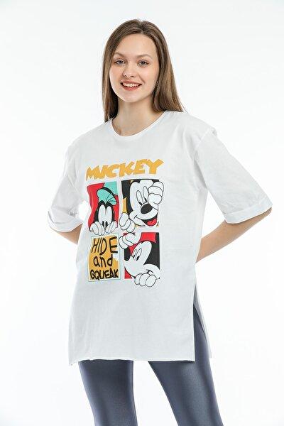 Kadın Beyaz Baskılı Oversize Uzun Penye T-shirt