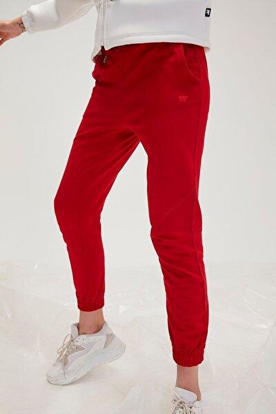 Kadın Kırmızı Alt 20.04.14.002