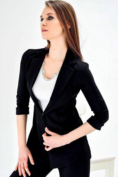 Kadın Kapri Truvakar Kol Süs Cepli Kopçalı Ofis Blazer Kumaş Ceket-siyah