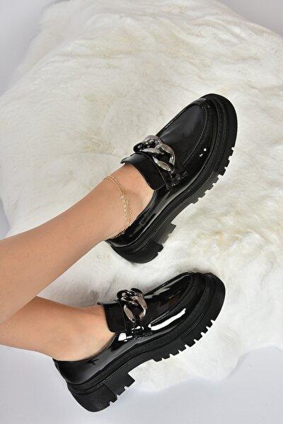 Kadın Siyah Rugan Kalın Tabanlı Günlük Ayakkabı