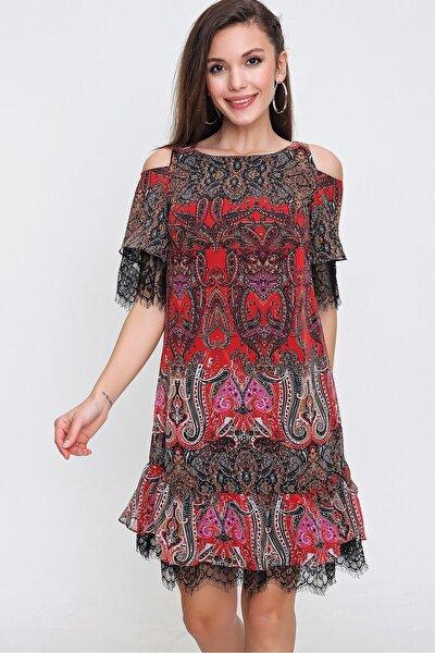 Kadın Kırmızı Omuz Dekolteli Eteği Tüllü Elbise