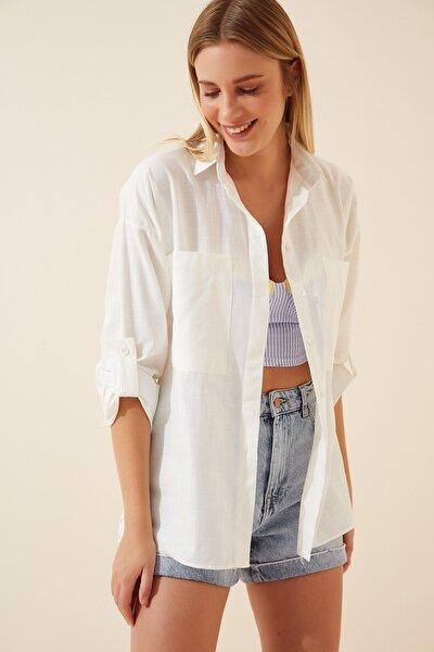 Kadın Kırık Beyaz Cepli Keten Viskon Hafif Oversize Gömlek US00535