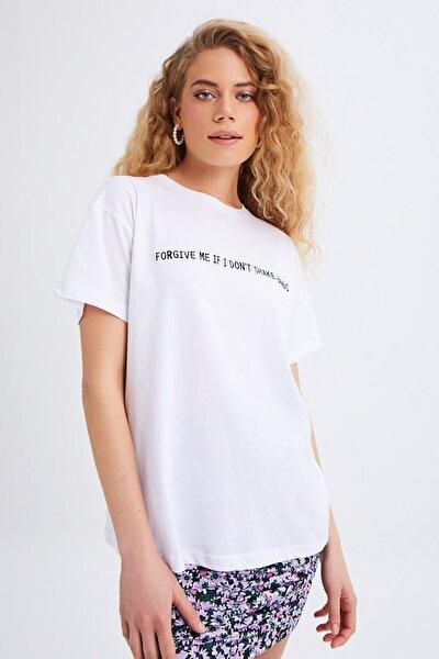 Nakış Işlemeli Sloganlı Tişört Beyaz