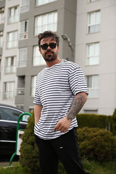 Unisex Beyaza Siyah Çizgili Oversize T-Shirt