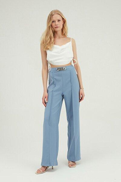 Kadın Mavi Beli Zincir Detaylı Pantolon