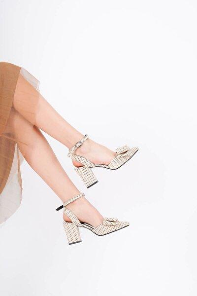Kadın   Puantiyeli  Ayakkabı