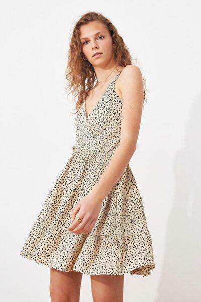 Ekru Desenli Kruvaze Örme Elbise TWOSS21EL1554